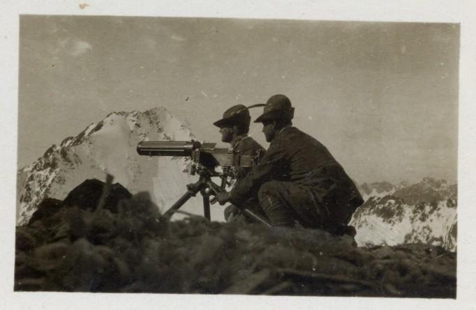 Alpini machine gunners, World War I